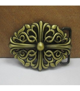 Crossing belt buckle